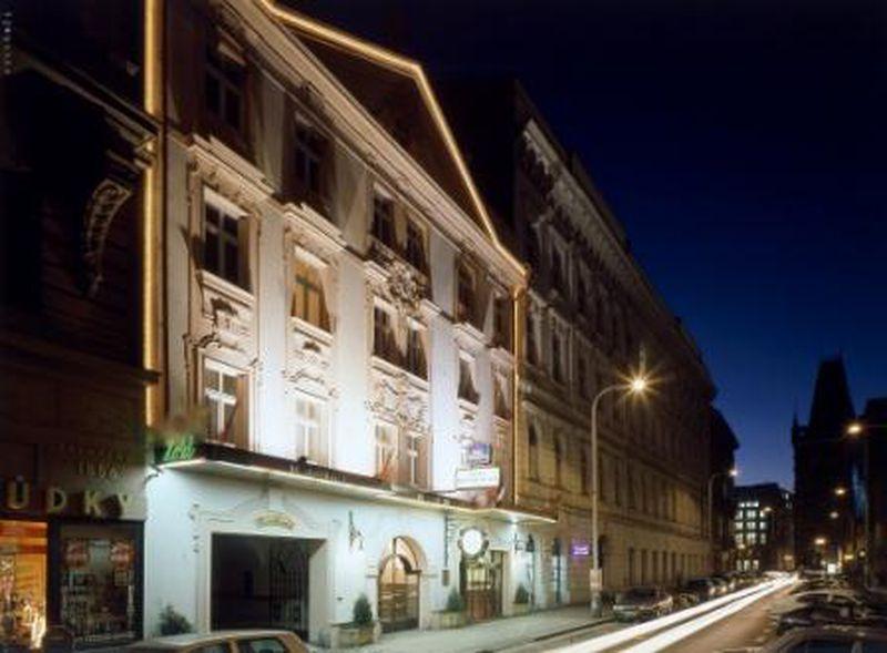 Hotel Meteor Plaza