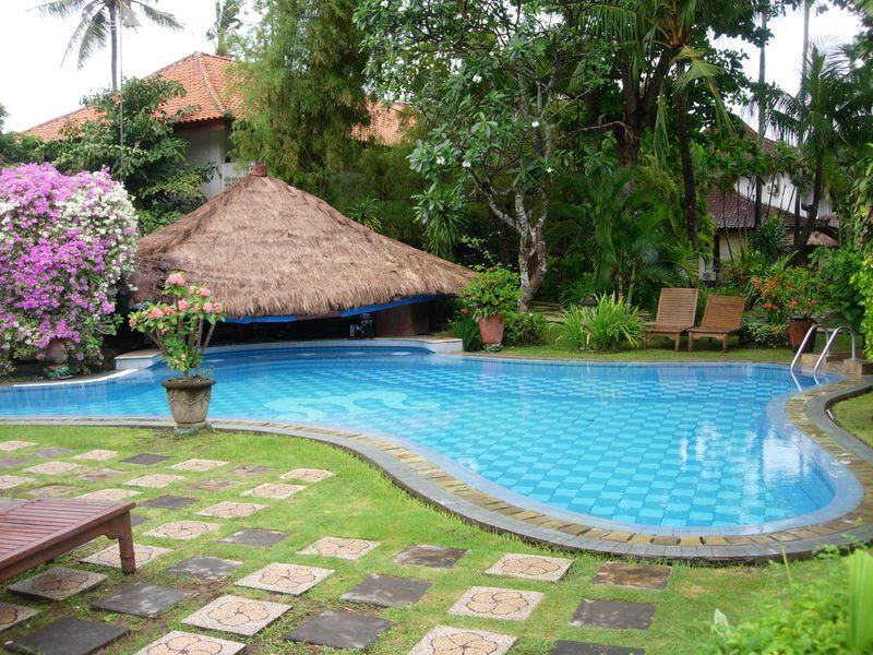Hotel Maharta Beach Resort
