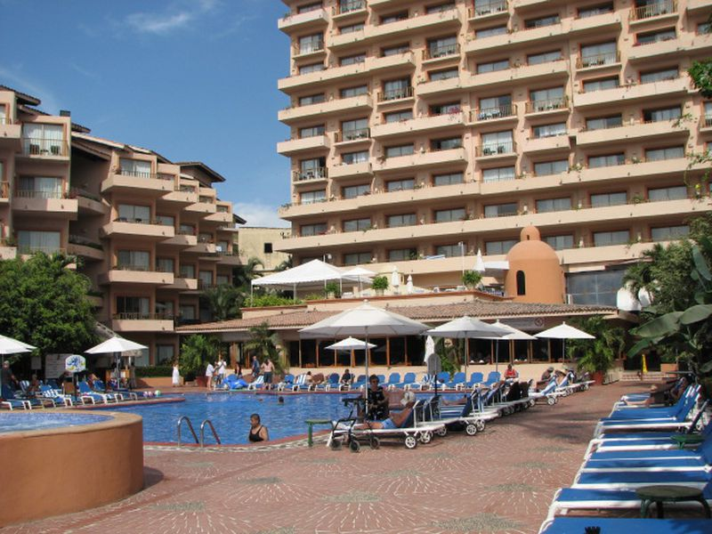 Hotel Hola Puerto Vallarta Club & Spa
