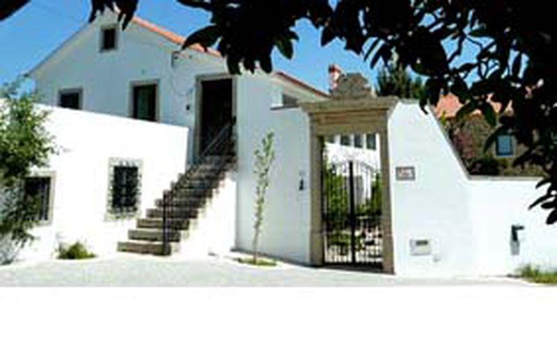 Bed and Breakfast Casa do Alferes Curado