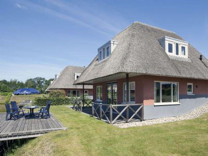 Vakantiepark Landal De Bloemert In Midlaren Nederland