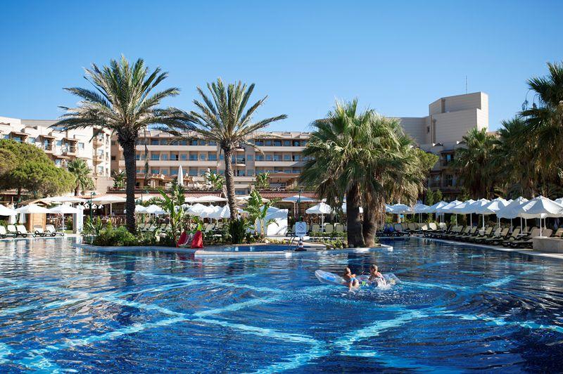 Hotel Crystal Tat Beach Golf