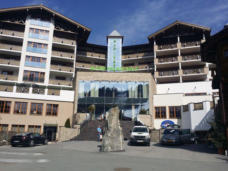 Hotel Haus Wolf - Alpine Palace