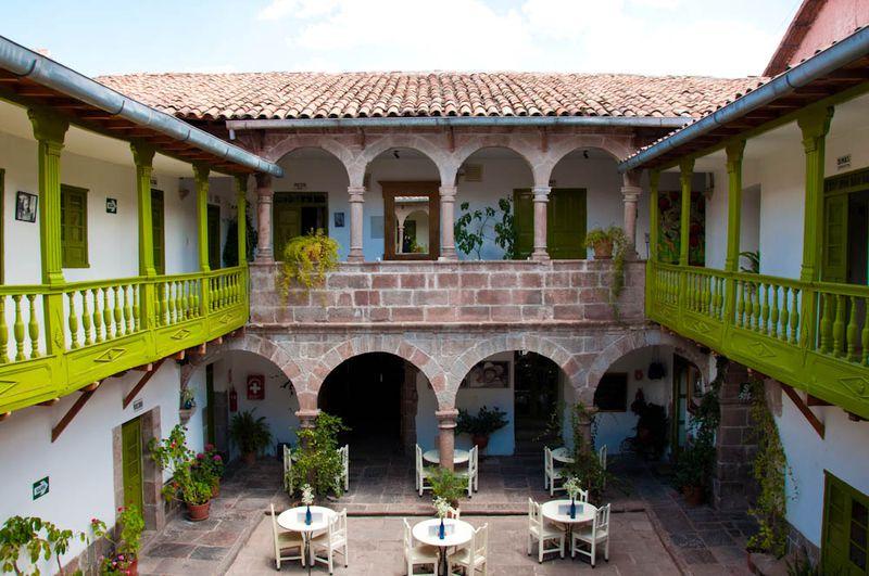 Hotel Niños Hotel (Fierro + Meloc)