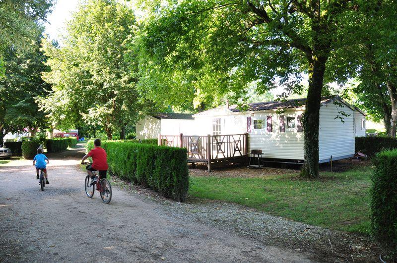 Camping La Bourgnatelle