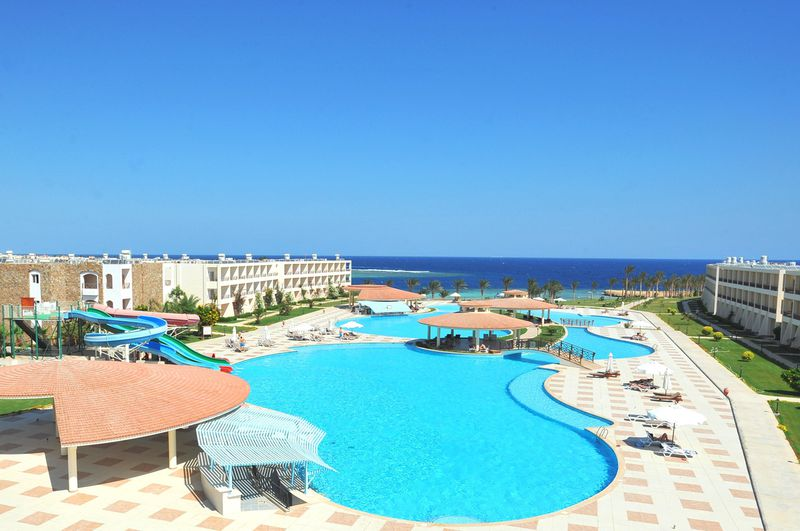 Hotel Brayka Lagoon Resort