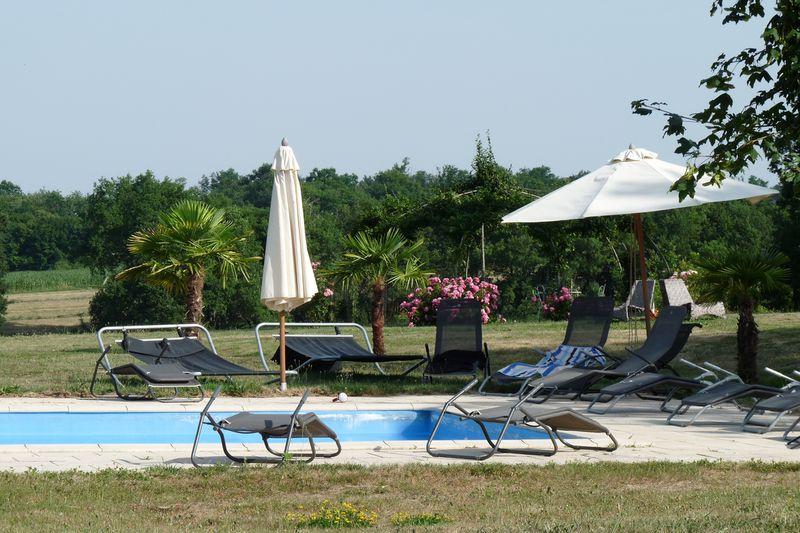 Vakantiepark Domaine de Mounoy vakantiehuizen + mini camping