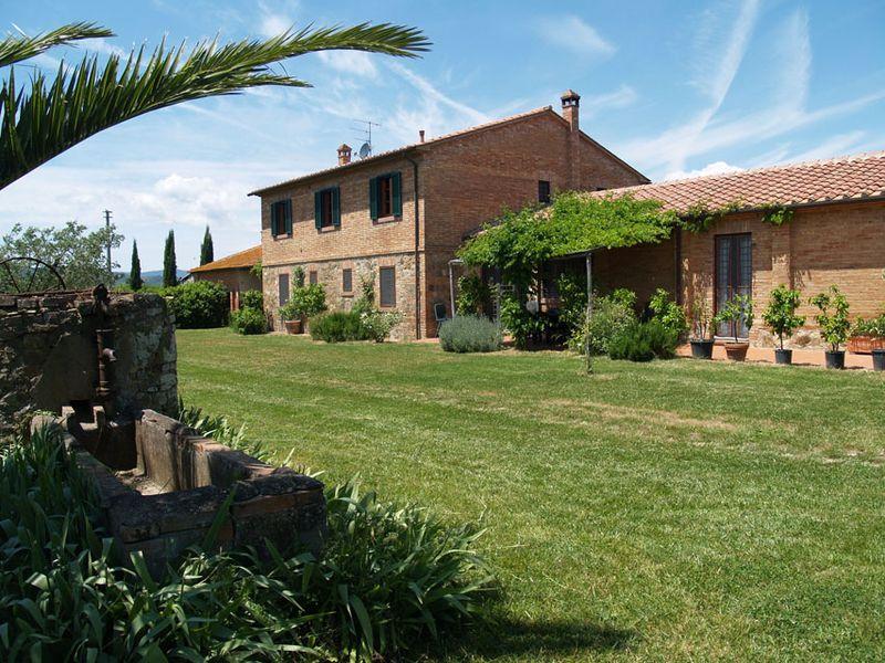 Landhuis Agriturismo Alba- Casetta Bandinelli