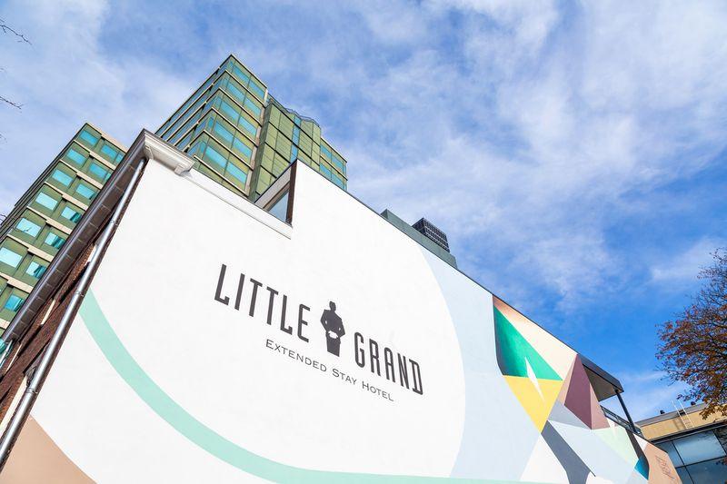 Hotel Little Grand