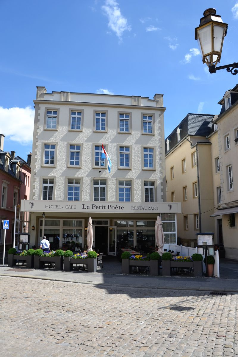 Hotel Le Petit Poète