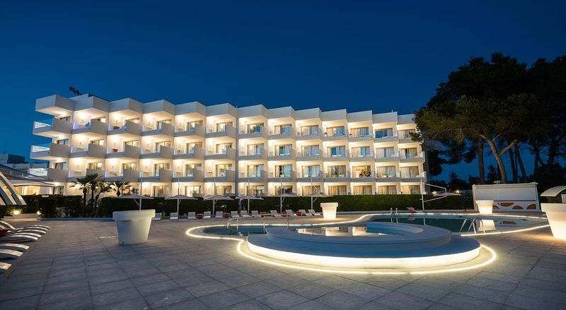 Hotel THB Naeco Ibiza - Adults Only