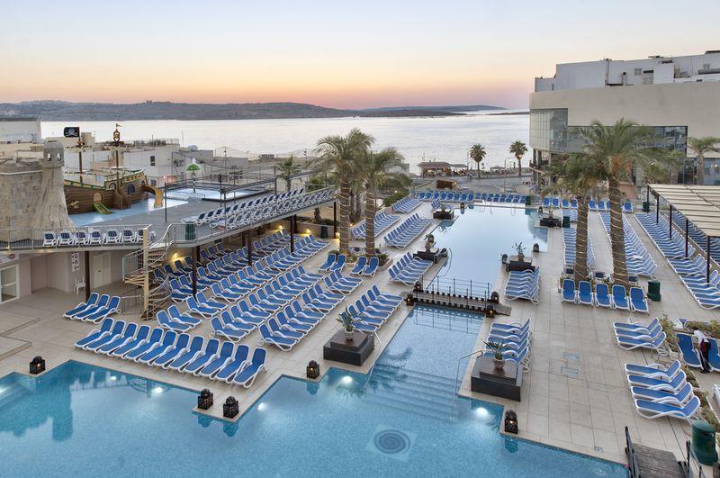 Hotel db San Antonio & Spa