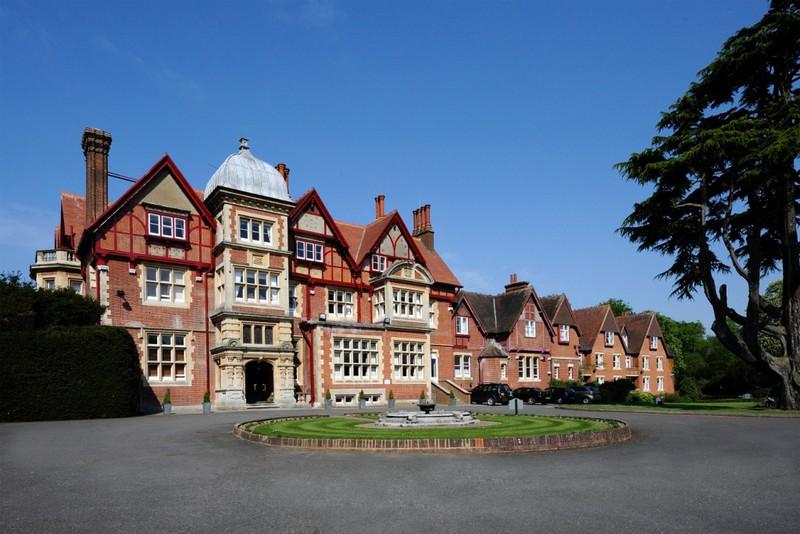 Hotel The Pendley Manor