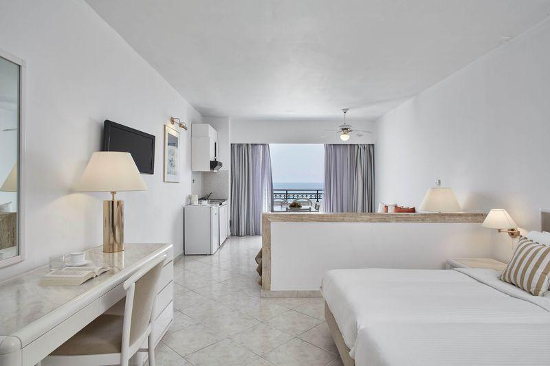 Hotel Ammades Epsilon