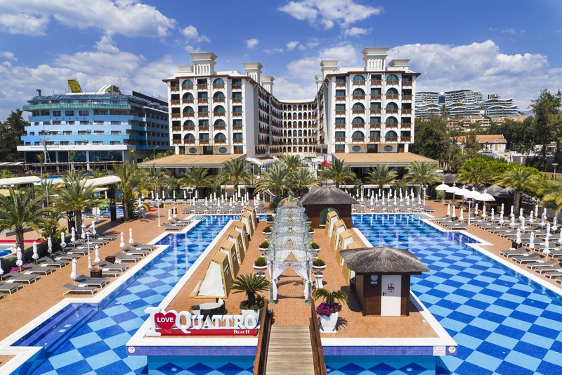 Hotel Quattro Beach Spa & Resort