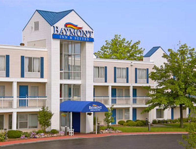 Hotel Baymont Inn & Suites Peoria