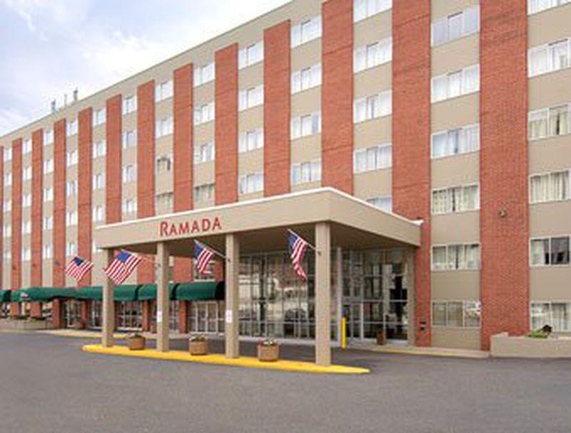 Hotel Ramada Inn Milwaukee City Center, WI