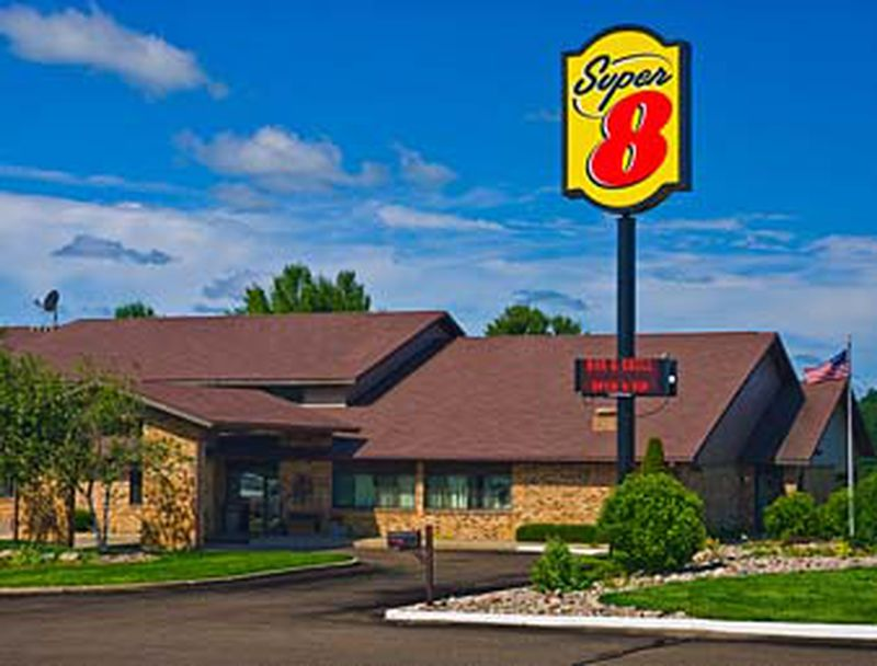 Hotel Super 8 Merrill City Of Parks, WI