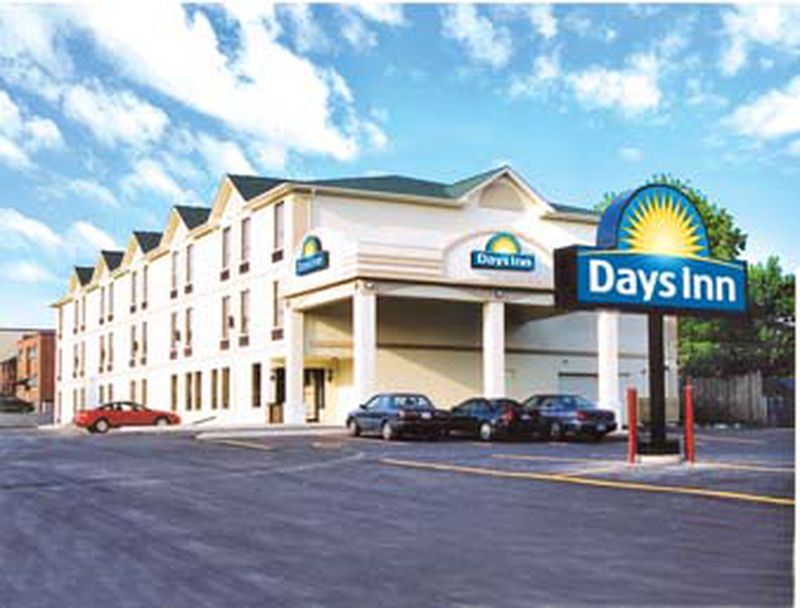 Hotel Days Inn Toronto East Lakeview