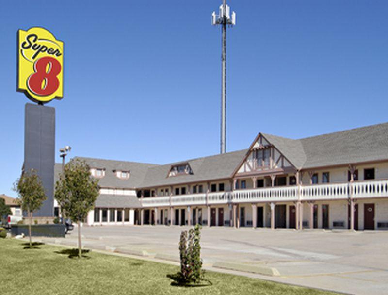 Hotel Super 8 Moore Oklahoma City, OK