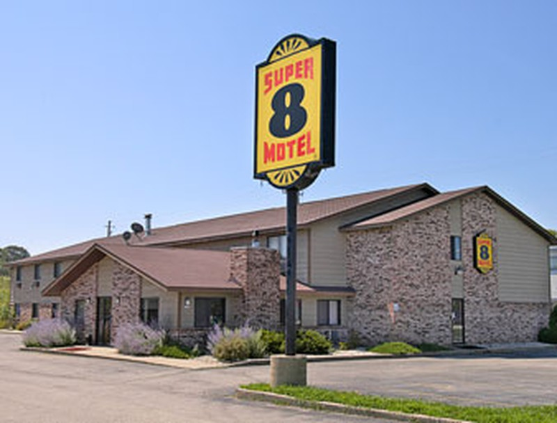 Hotel Super 8 Hartford, WI