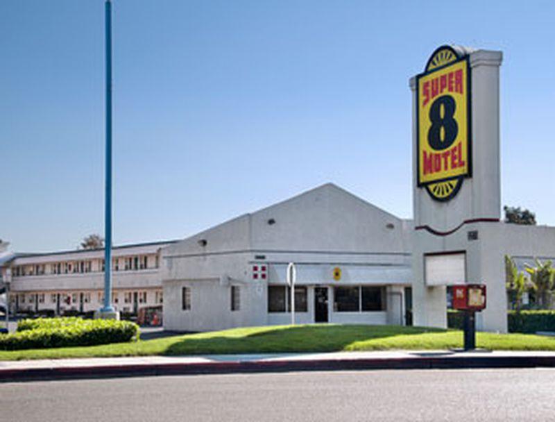 Hotel Super 8 San Diego Seaworld Airport