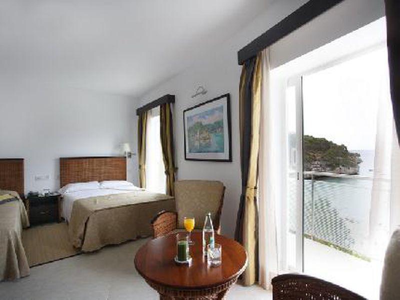 Hotel Cala Santany