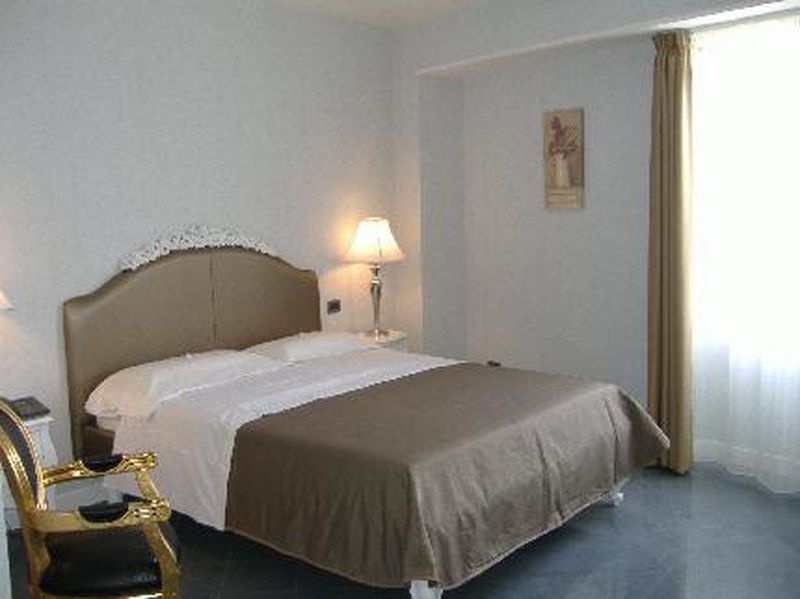 Hotel Marina Holiday