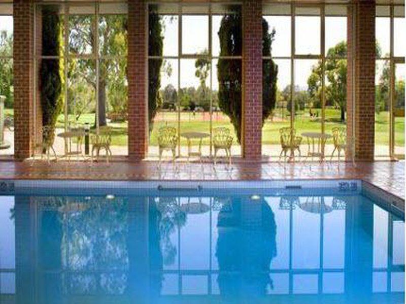 Hotel Country Club Tasmania