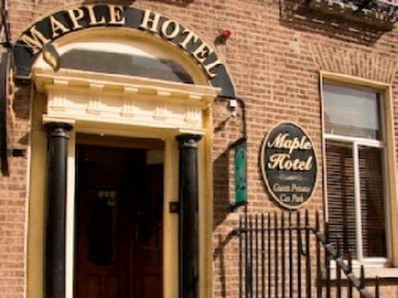 Hotel Maple