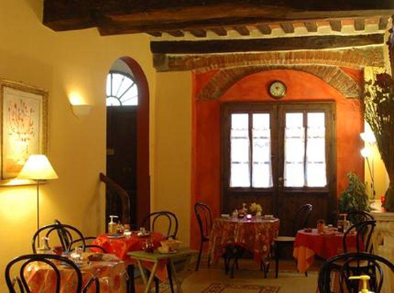 Bed and Breakfast Antica Casa dei Rassicurati