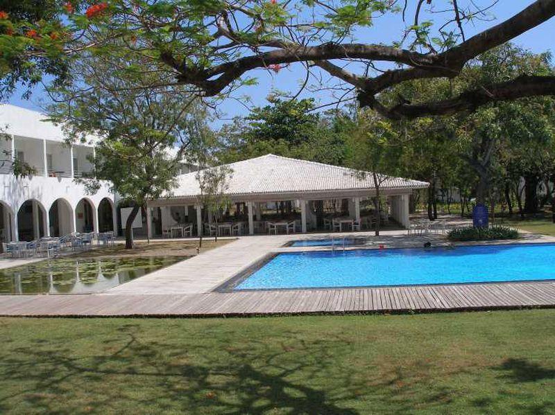 Hotel Chaaya Blu Resort