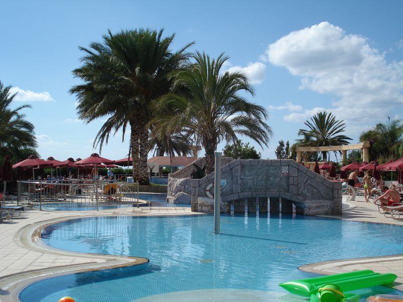 Hotel Crown Resort Horizon Coral Bay