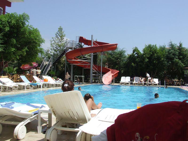 Hotel Club Bayar