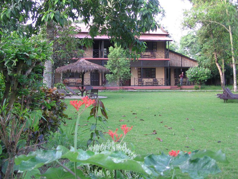 Hotel Royal Park (in Sauraha)