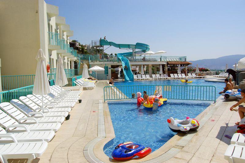Hotel Riviera Güler Resort