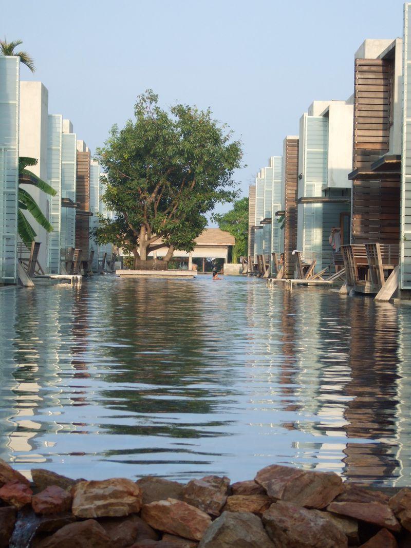 Hotel Let's Sea Hua Hin Al Fresco Resort