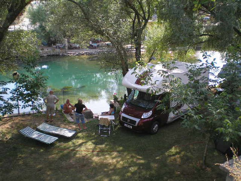 Camping Aganovac River Camp