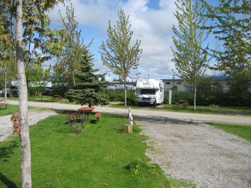 Camping Pair-A-Dice RV Park & Campground