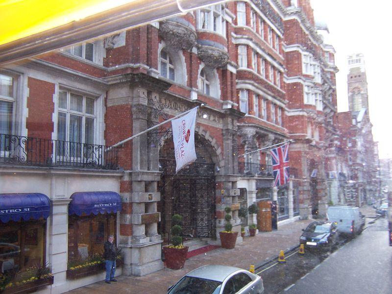 Hotel St. James' Court