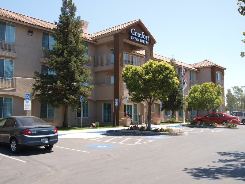Hotel Comfort Suites Visalia