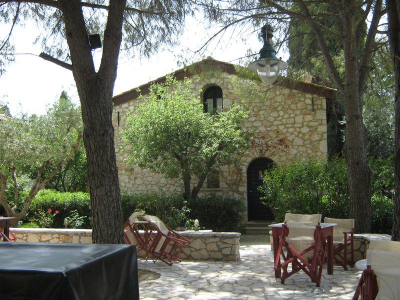 Hotel Aresti Villas