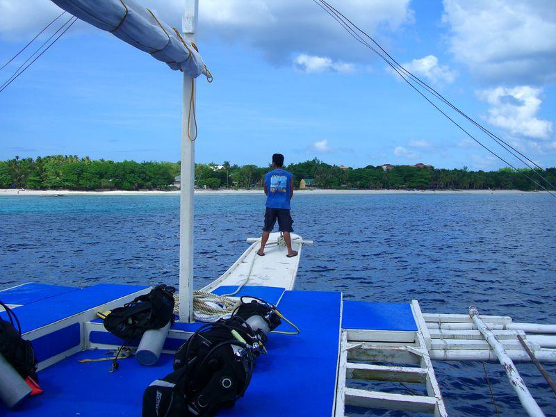 Bungalow Kalipayan Beach Resort