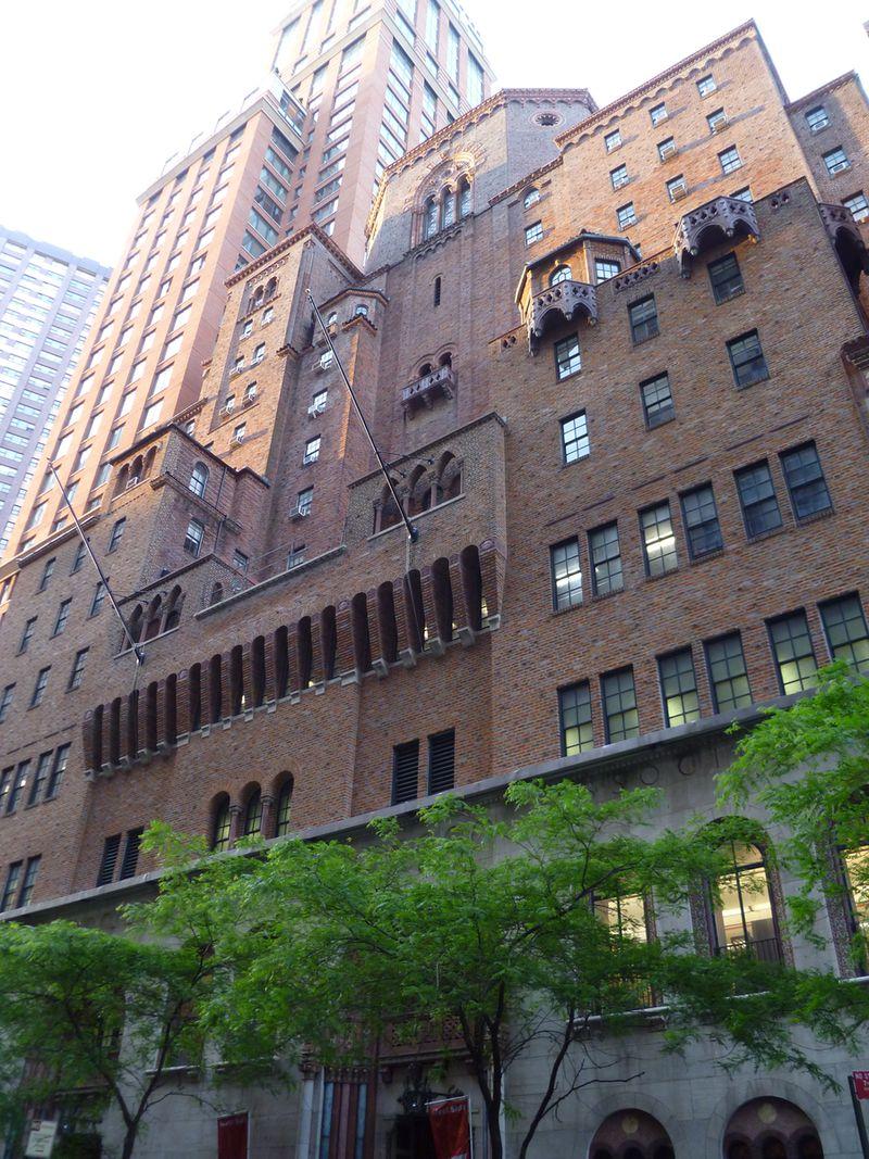 Hotel West Side YMCA