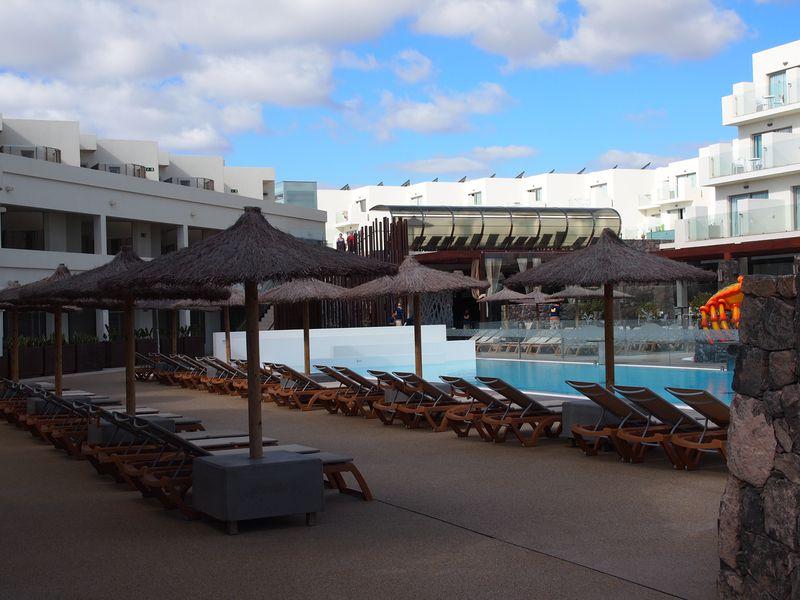 Hotel HD Beach Resort
