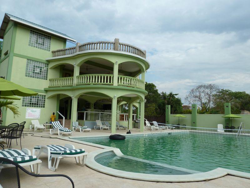 Hotel Midas Resort