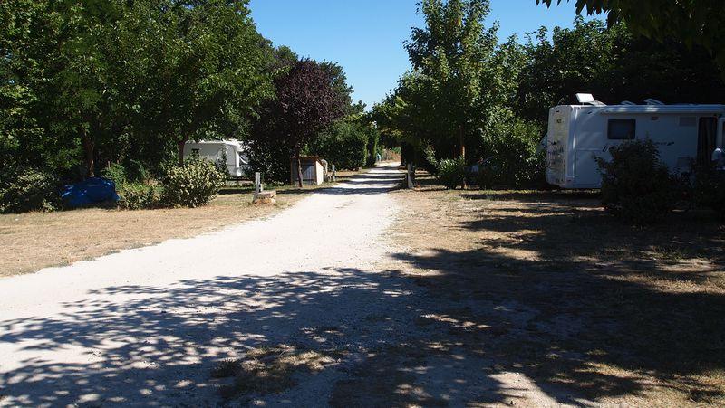 Camping à La Ferme du Vieux Chemin D'arles