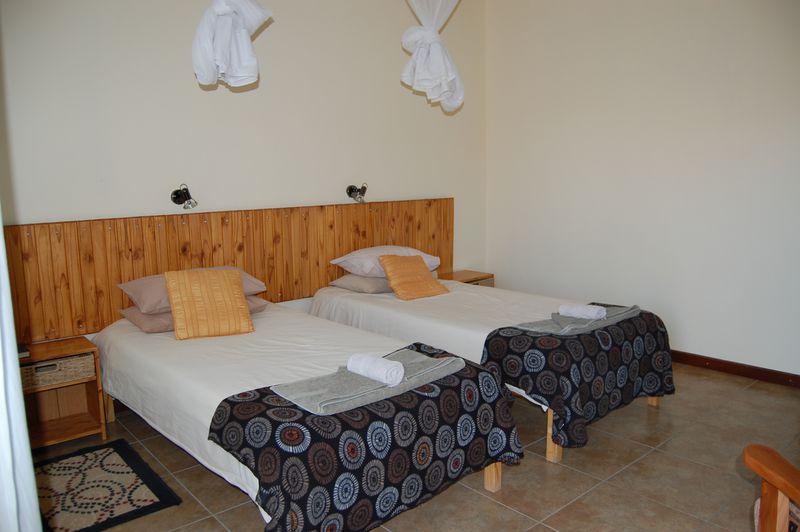Lodge Hammerstein Lodge & Camp