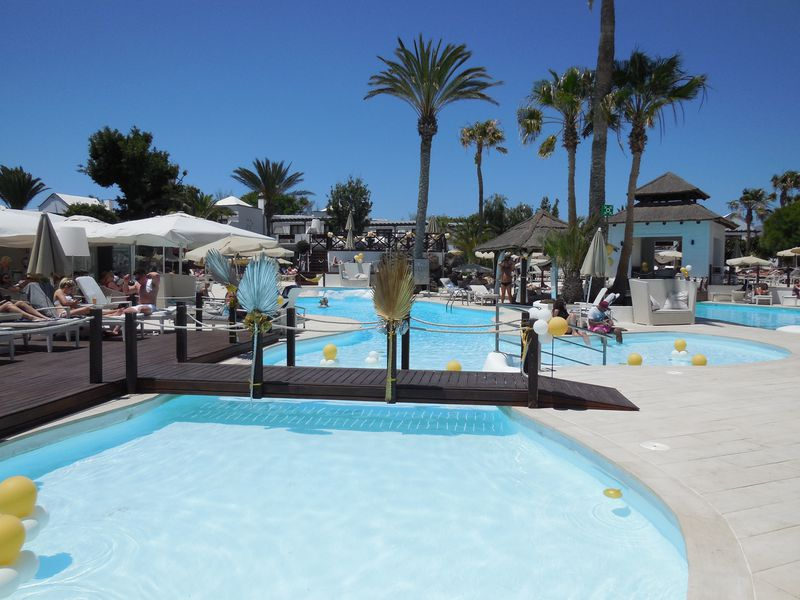 Hotel H10 Sentido White Suites - Adults Only