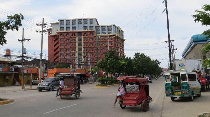 Hotel Crown Regency Suites Mactan